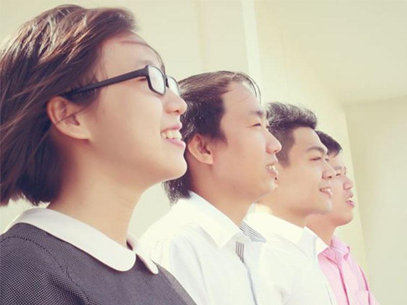 Team Khách Hàng