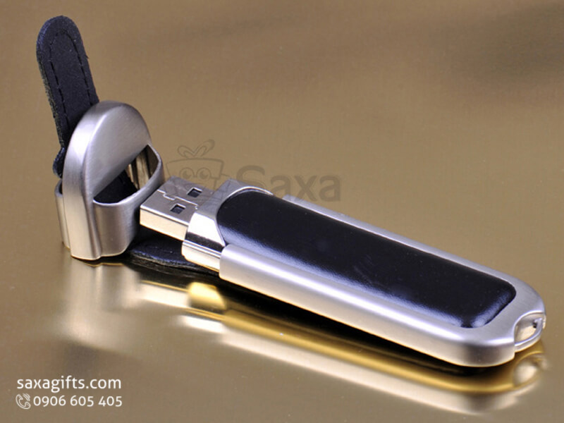 USB vỏ da in logo nắp rời khóa cài da khung bằng kim loại