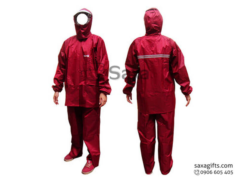 Áo mưa bộ in logo vải dù có vạch phát quang ở lưng màu đỏ đô