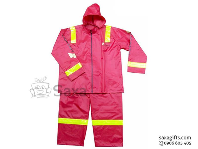 Áo mưa bộ in logo vải dù cao cấp màu đỏ ấn tượng