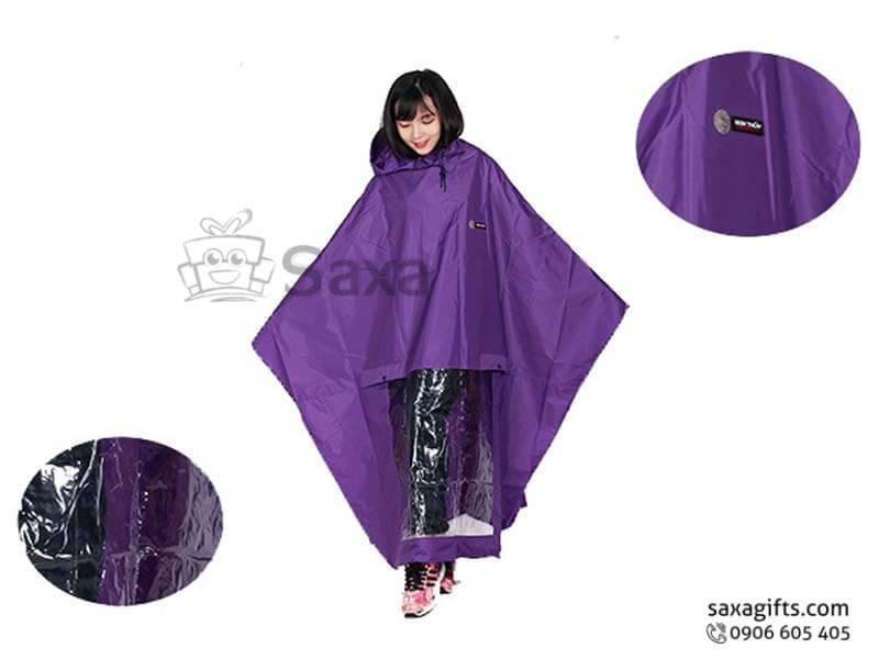 Áo mưa vải nhựa cánh dơi có kính vạt cắt chữ V độc đáo