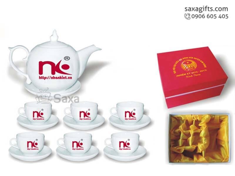 Bộ ấm trà in logo gốm sứ Minh Long kiểu gợn sóng