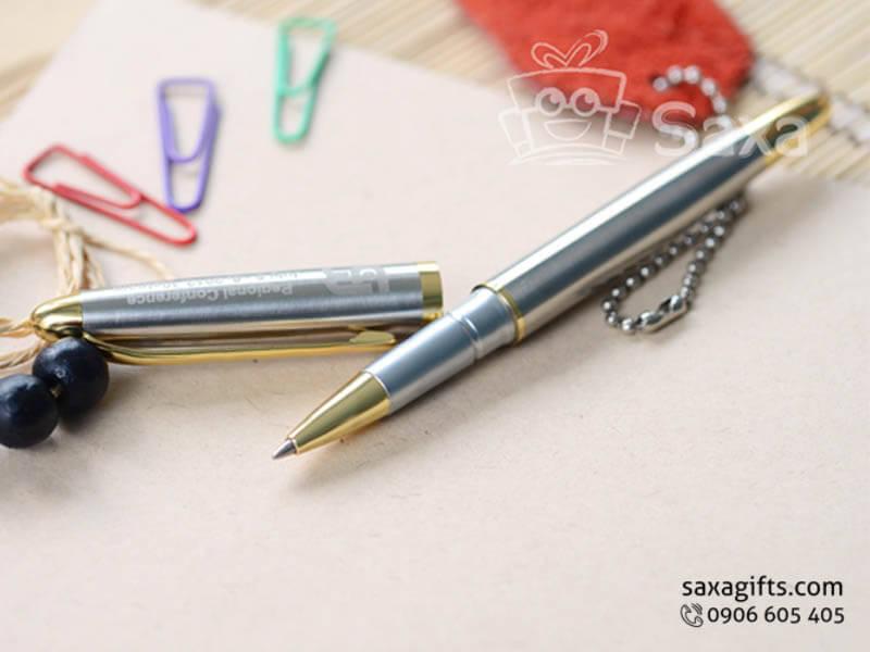 Bút ký kim loại in logo nắp rời màu bạc phối vàng