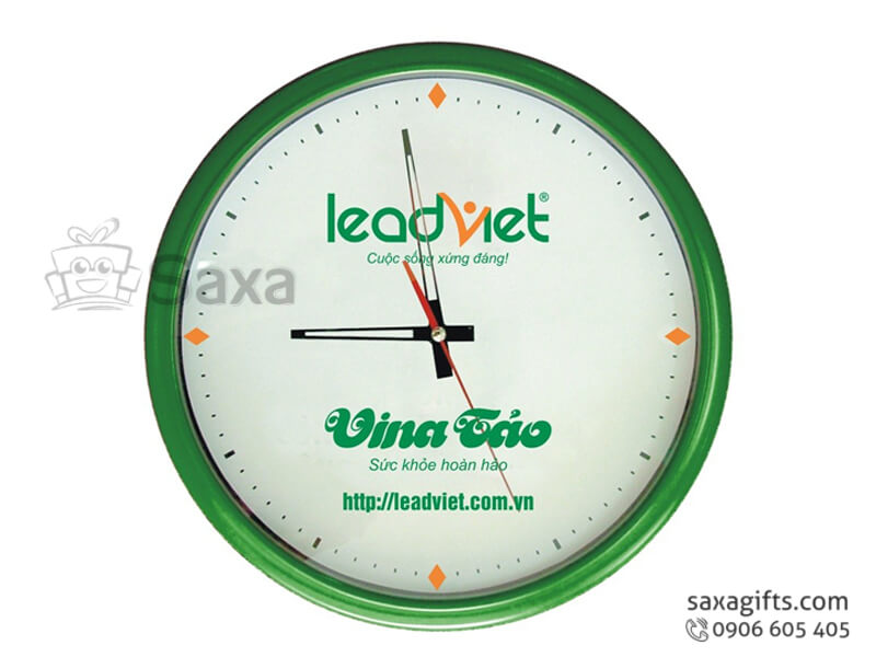 Đồng hồ treo tường hình tròn vỏ nhựa màu xanh của LeadViet