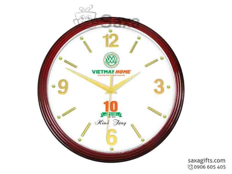 Đồng hồ treo tường giả gỗ vạch số xi vàng cách điệu Vietmay Home