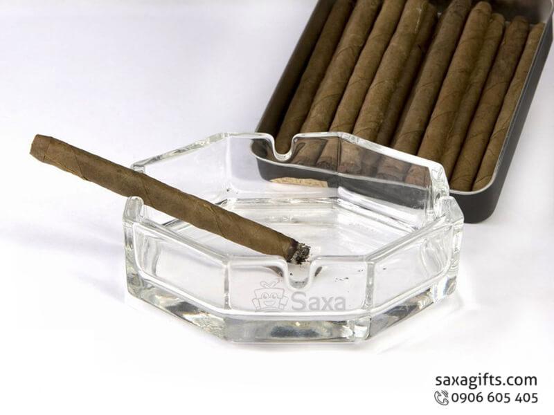 Gạt tàn thuốc in logo bằng thủy tinh hình lục giác