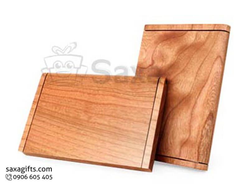 Hộp namecard gỗ in logo gỗ maple màu nâu đỏ