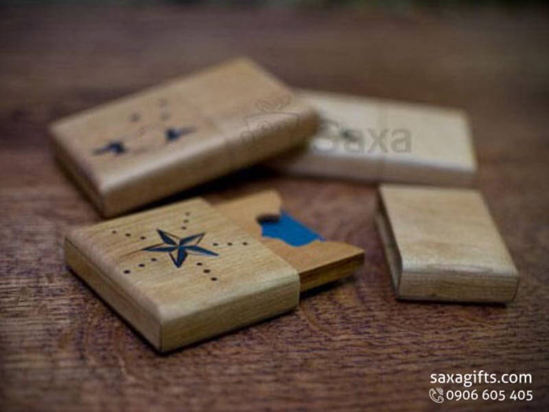 Hộp namecard gỗ nắp rời bo góc có họa tiết hoa văn – NG016