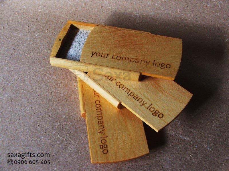 Hộp namecard gỗ in logo nắp trượt khắc logo theo yêu cầu