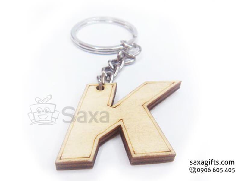 Móc khóa gỗ in logo hình chữ cái Alphabet giá rẻ