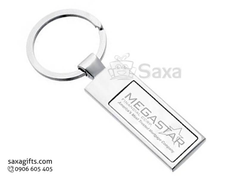 Móc khóa kim loại in logo bảng chữ nhật