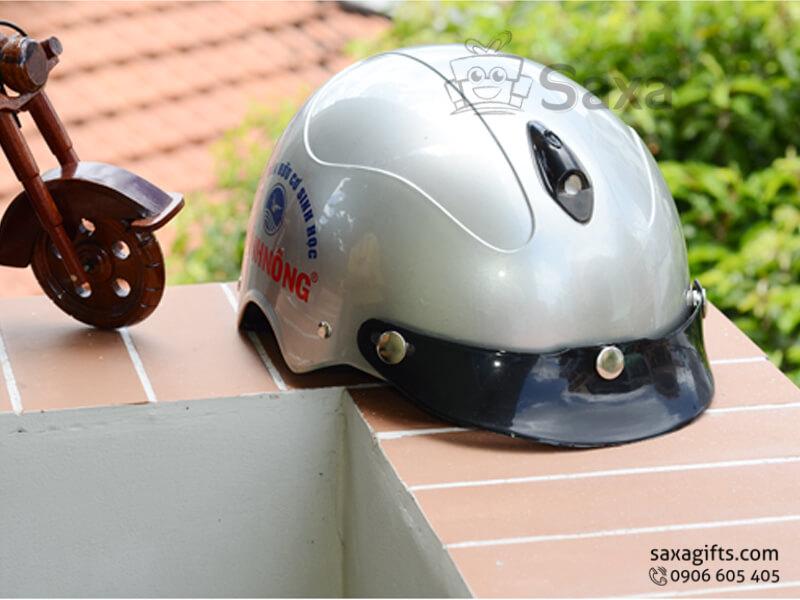 Mũ bảo hiểm in logo quảng cáo form nhỏ gọn có lỗ thoáng khí