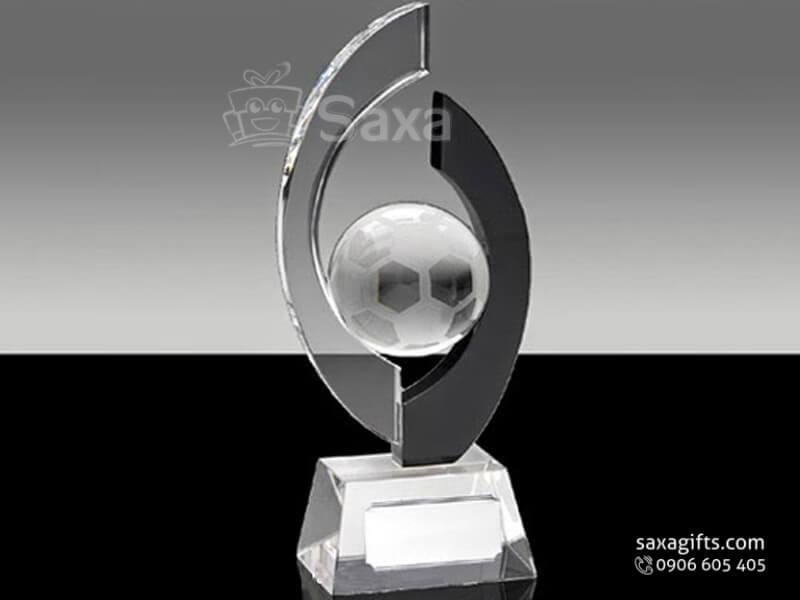 Cúp kỷ niệm bóng đá pha lê khắc logo cao cấp