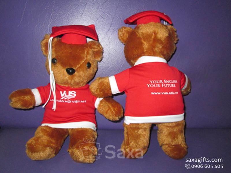 Gấu nhồi bông in logo tốt nghiệp của VUS