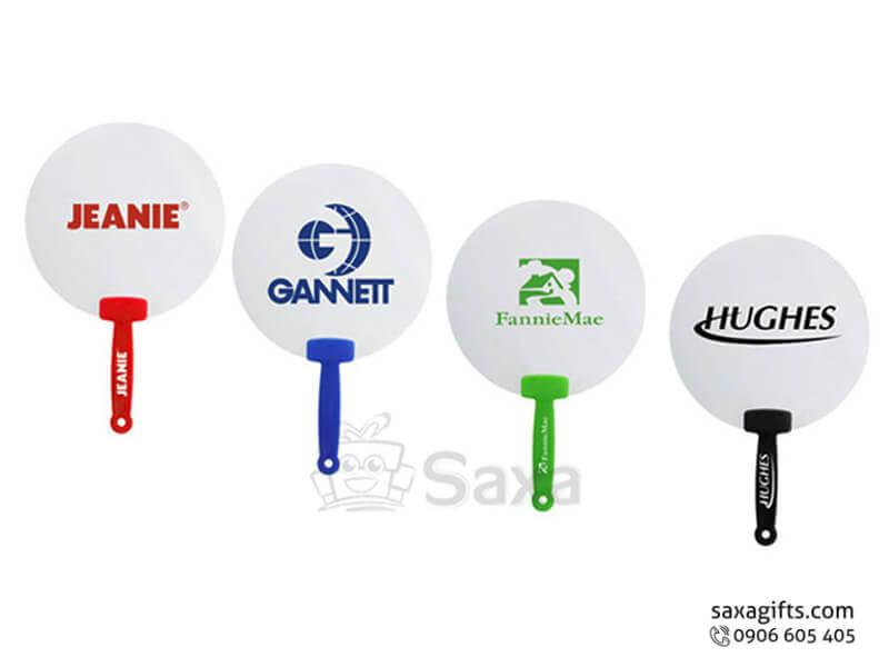 Quạt nhựa cầm tay in logo phối màu theo tay cầm
