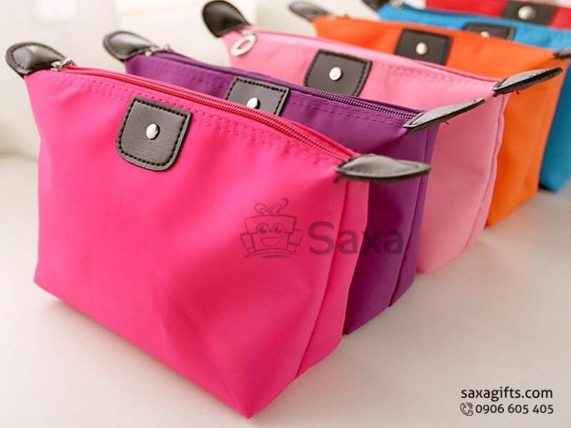 Túi vải dù in logo đựng mỹ phẩm phối da cá tính