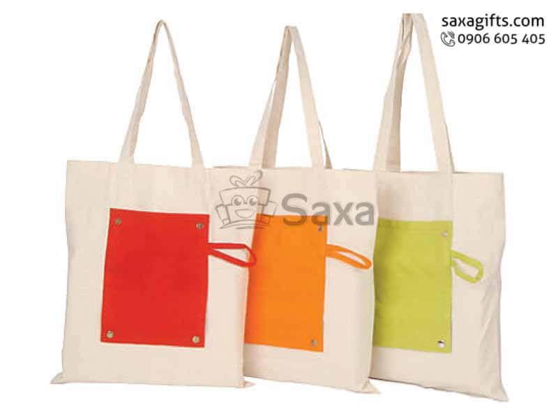 Túi môi trường in logo gấp gọn thành ví cầm tay có quai xách
