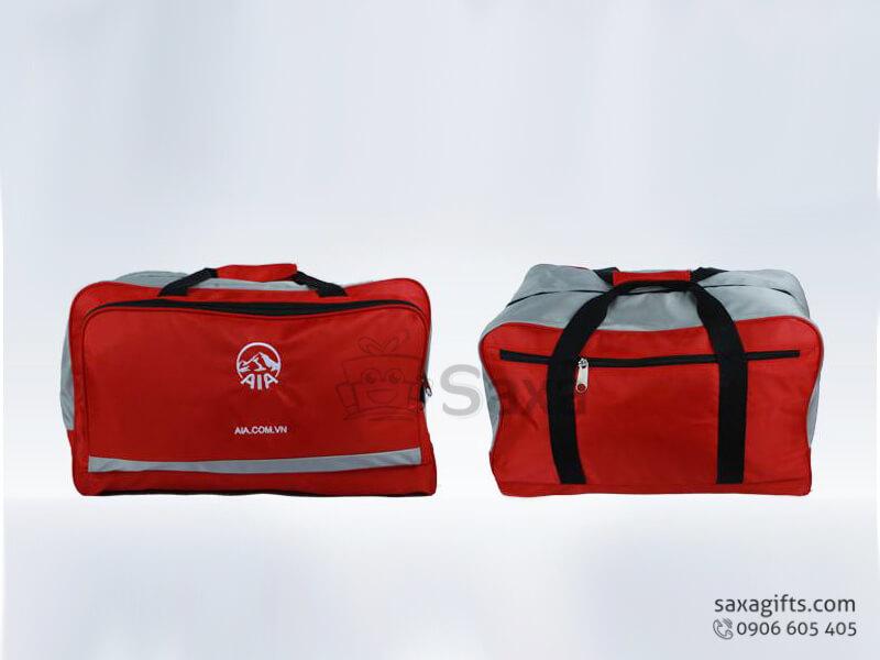 Túi du lịch in logo vải dù 3 ngăn form hộp của AIA