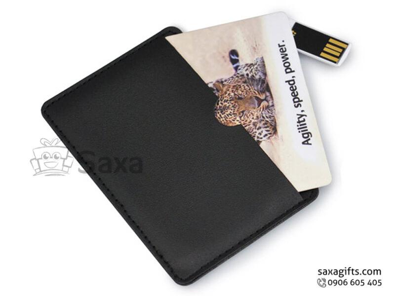Usb thẻ nhựa in logo chip ở góc xoay 360 độ