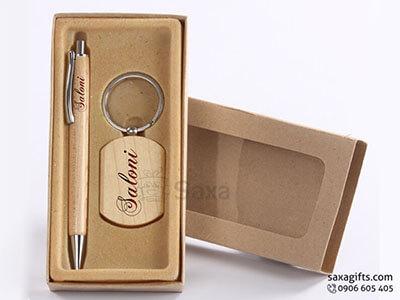 Bộ giftset văn phòng in logo bằng gỗ bút ký và móc khóa gỗ sang trọng