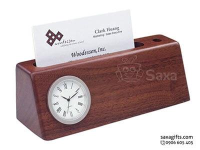 Quà để bàn gỗ in logo 3in1 mô hình thang bo góc