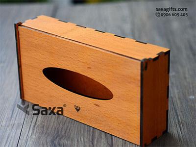 Hộp đựng giấy ăn bằng gỗ in logo sang trọng