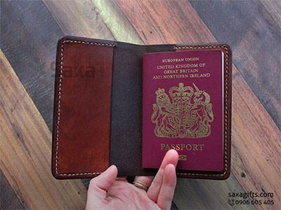 Ví passport da thật kiểu gấp đôi, có 2 ngăn lớn đơn giản