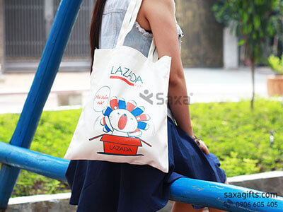 Túi xách vải canvas in logo Lazada