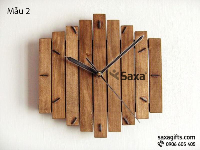 Đồng hồ gỗ quà tặng – Kiểu dáng thanh gỗ ghép độc đáo