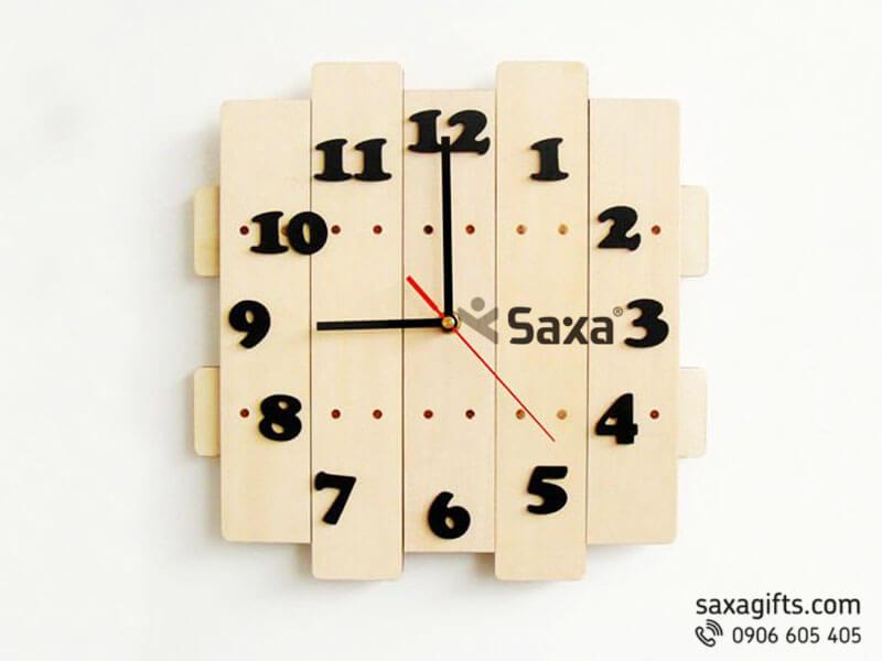 Đồng hồ gỗ quà tặng – Kiểu dáng thanh gỗ ghép bản to
