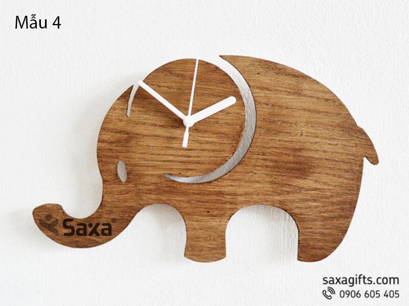 Đồng hồ gỗ quà tặng – Hình chú voi ngộ nghĩnh