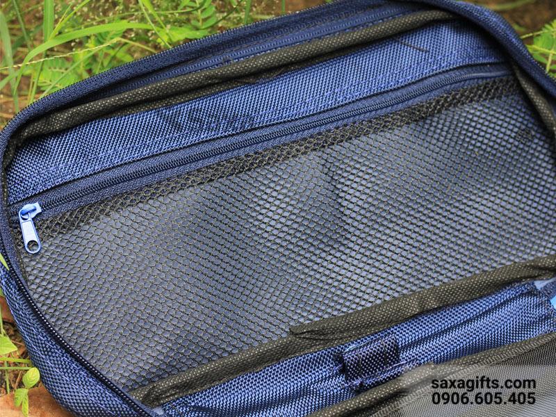 Túi đựng đồ cá nhân bằng vải dù, thêu logo P&G