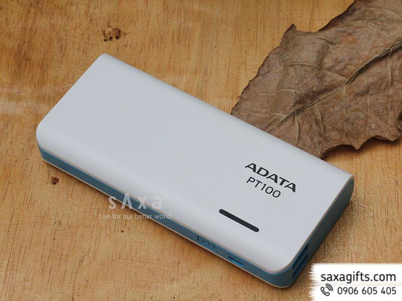 Pin sạc Adata có đèn pin chiếu sáng & đèn led hiển thị dung lượng