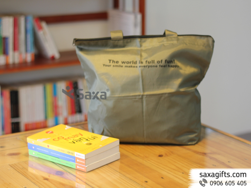 Túi vải dù mỏng màu bạc