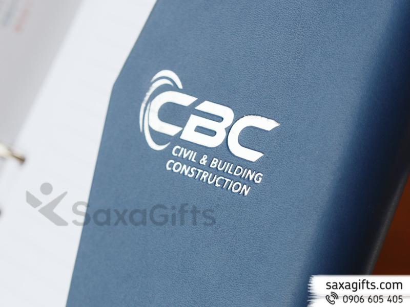 Sổ da phối màu, logo nhũ bạc CBC