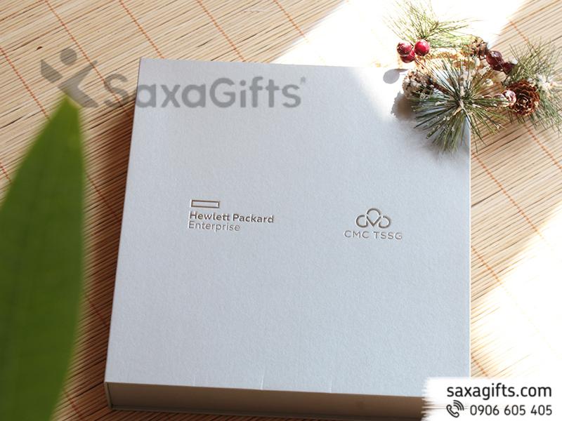 Bộ quà tặng CMC (giftset): sổ da + bút kim loại
