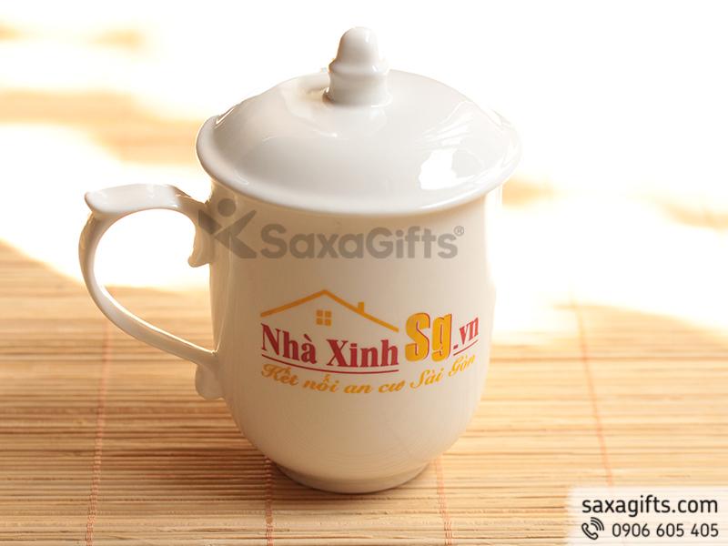 Ly sứ trắng Việt Nam có nắp in logo làm quà tặng khách hàng