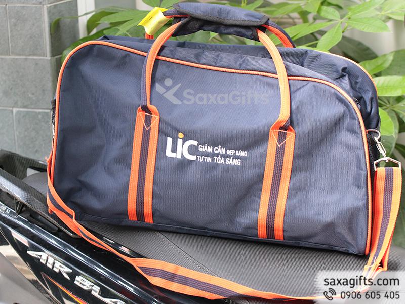 Túi du lịch vải dù 900PVC thêu logo công ty theo yêu cầu