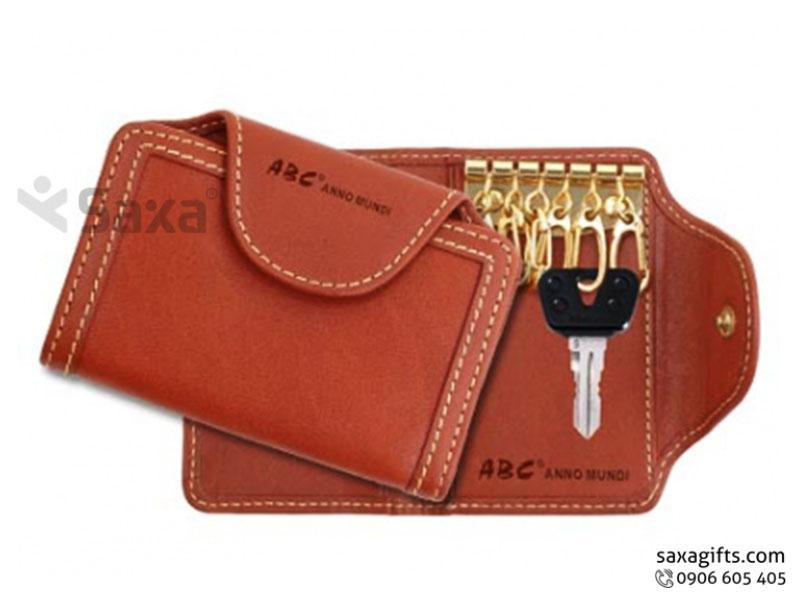 Ví da in logo xâu chìa khóa – Kiểu ví gấp đôi có nút bấm