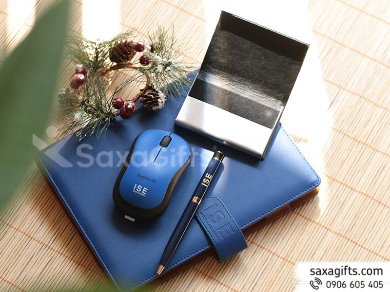 Bộ quà tặng 4 món: Sổ, Bút, Hộp Namecard, Chuột Bluetooth - In logo ISE