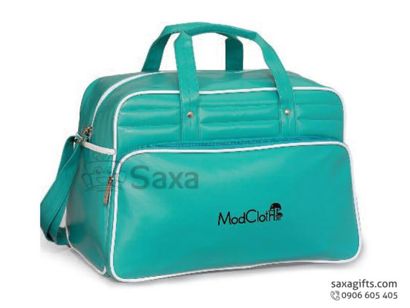 Túi du lịch in logo bằng da màu xanh form hộp Mod Cloth