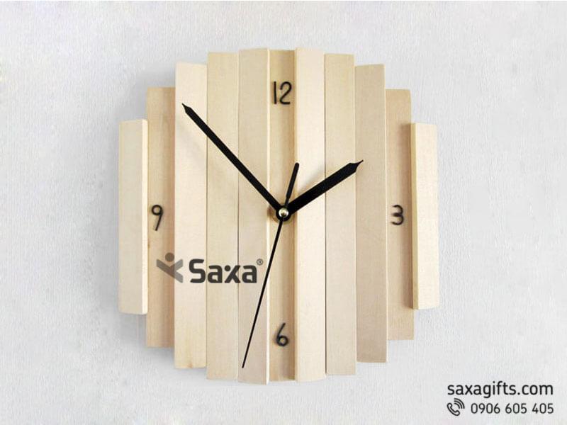 Đồng hồ gỗ quà tặng – Kiểu dáng thanh gỗ ghép bản nhỏ