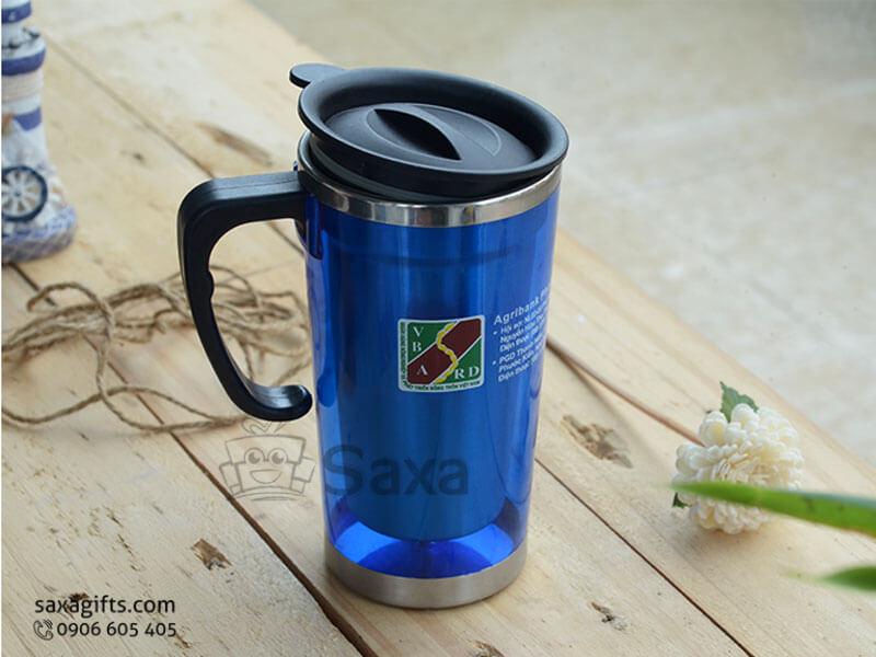 Ly giữ nhiệt in logo inox phối nhựa trong màu xanh có nắp