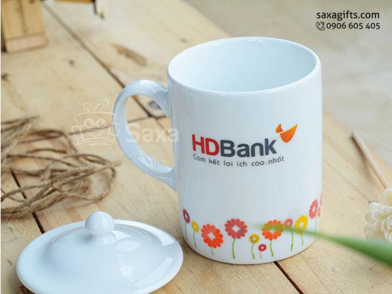 Ly sứ trắng in logo hiệu Minh Long cao cấp có nắp đậy của HDBank
