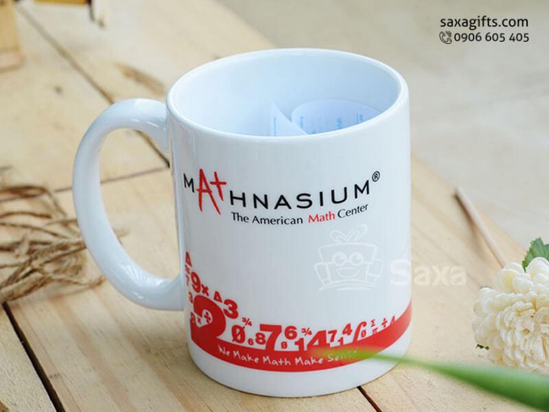 Ly sứ trắng in logo Mathnasium hiệu Minh Long