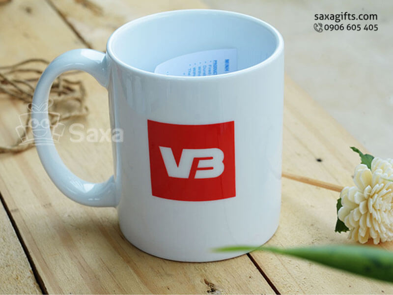 Ly sứ trắng in logo VB hiệu Minh Long