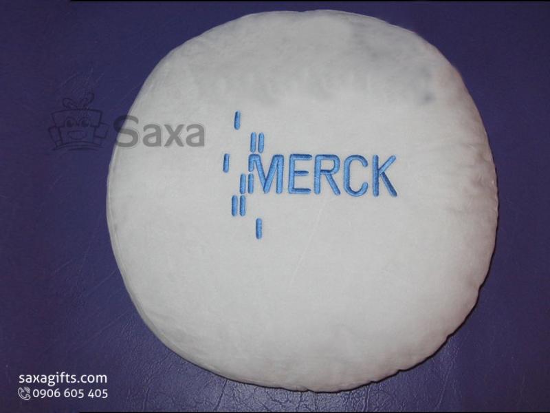 Gối tựa lưng nhồi bông in logo theo yêu cầu hình tròn