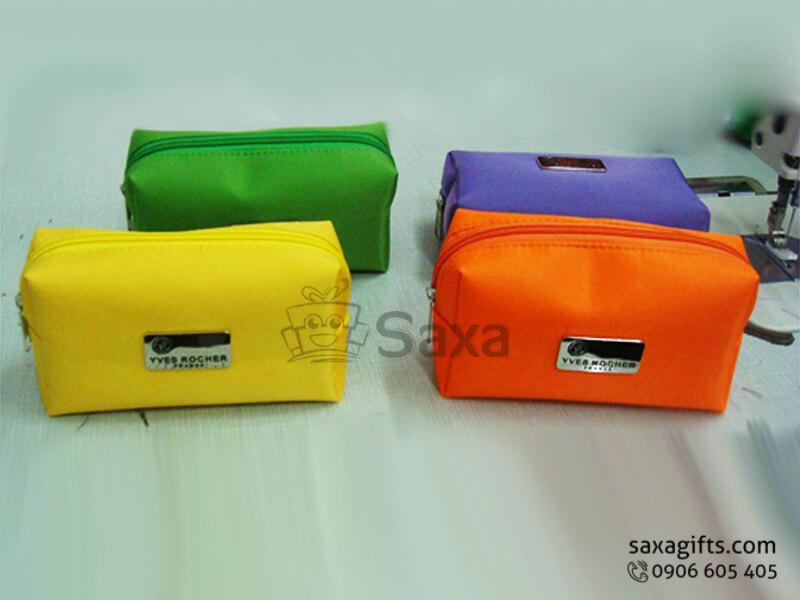 Túi vải dù in logo đựng mỹ phẩm cá nhân của Yves Rocher