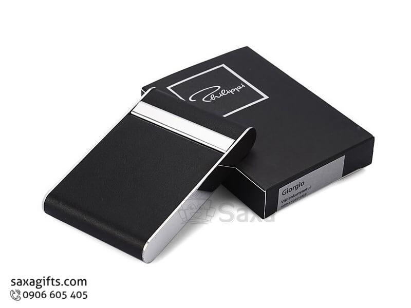 Hộp namecard da trơn in logo kiểu đứng nắp bật phối kim loại