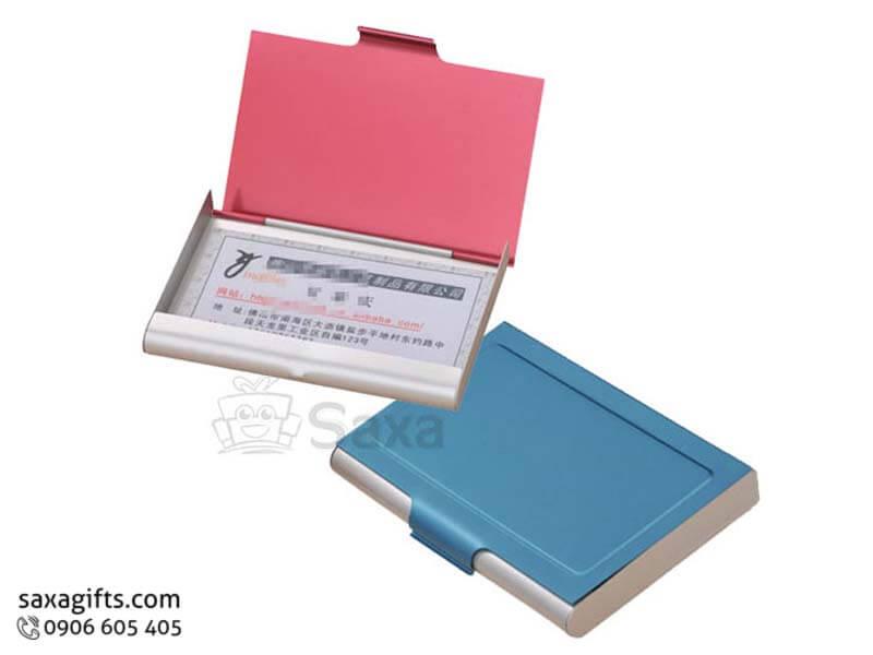 Hộp namecard kim loại in logo bằng nhôm màu đỏ gạch, xanh dương